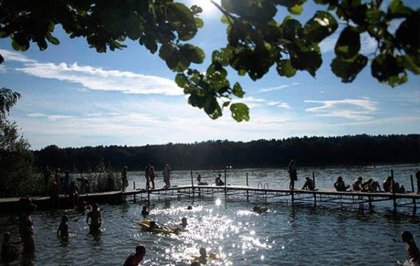 3 jeziora otaczające ośrodek